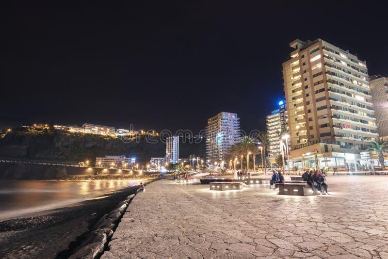 Vue scénique de paysage urbain de Puerto de la Cruz chez proche dedans Ténérife, Espagne image libre de droits