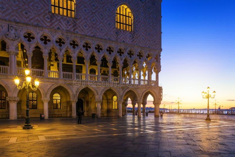 Vue scénique de Piazza San Marco à Venise au lever de soleil, Italie pia photo stock