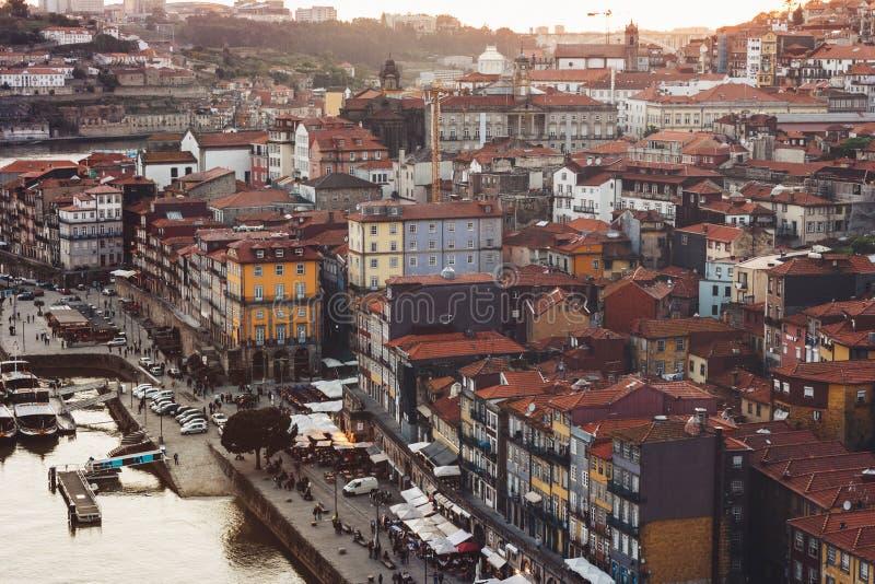 Vue scénique de vieilles ville de Porto et rivière de Douro image libre de droits
