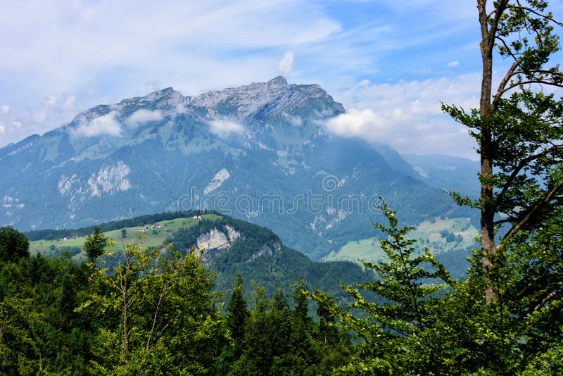 Vue scénique des Alpes suisses photographie stock