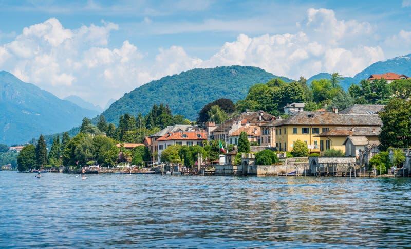 Vue scénique en Orta San Giulio, beau village sur le lac Orta, Piémont Piemonte, Italie images libres de droits