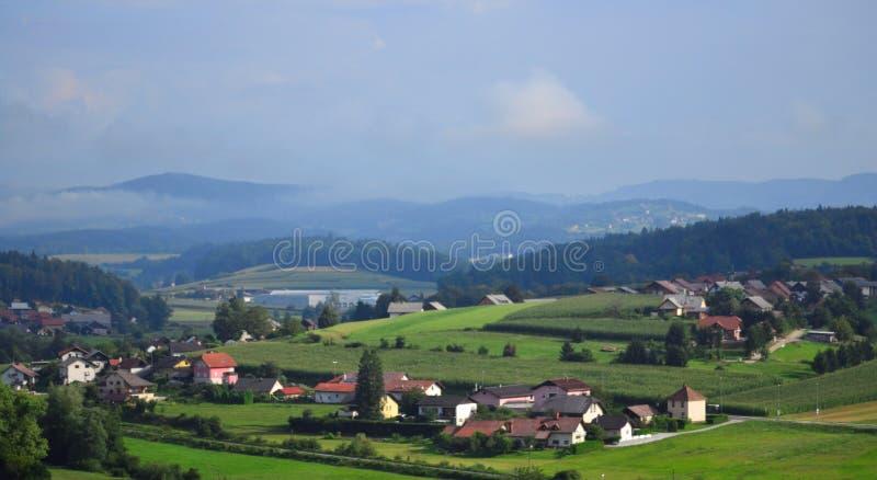Vue scénique Slovénie l'Europe de ville de Trebnje photographie stock libre de droits