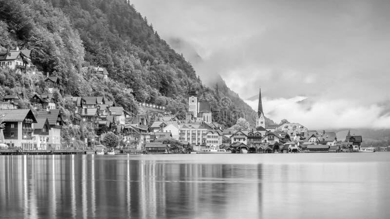 Vue sc?nique de village c?l?bre de Hallstatt en Autriche photos libres de droits
