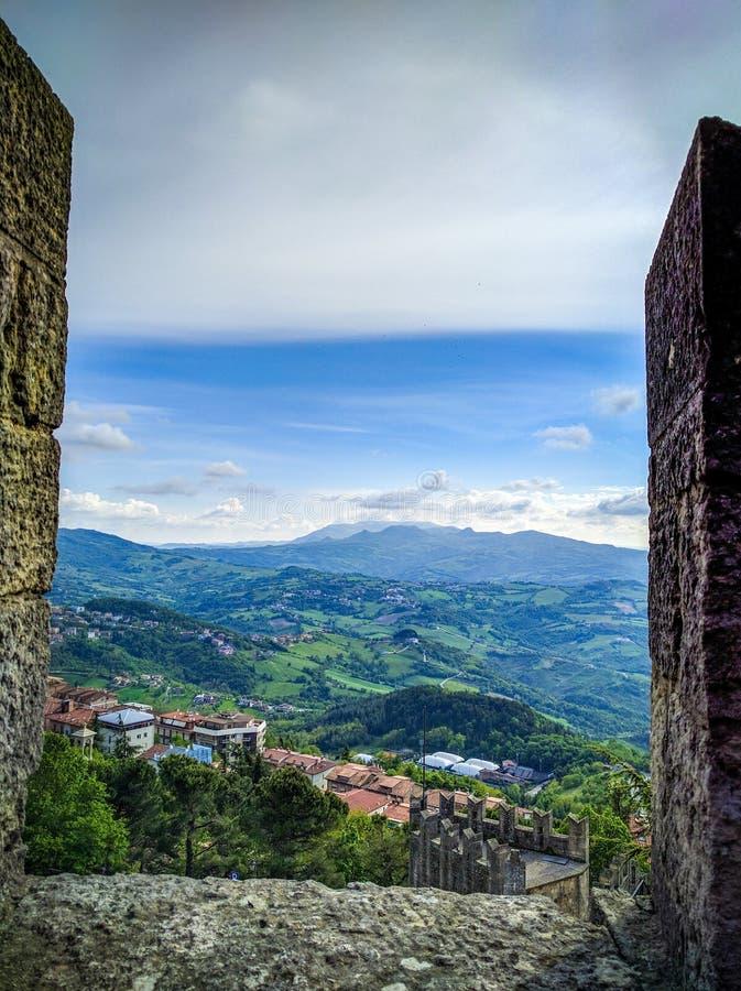 Vue spectaculaire du Saint-Marin photo stock