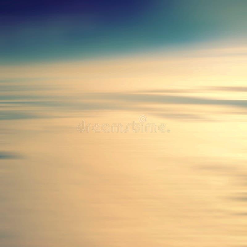 Vue stup?fiante d'avion sur le soleil et les nuages de coucher du soleil de ciel images libres de droits