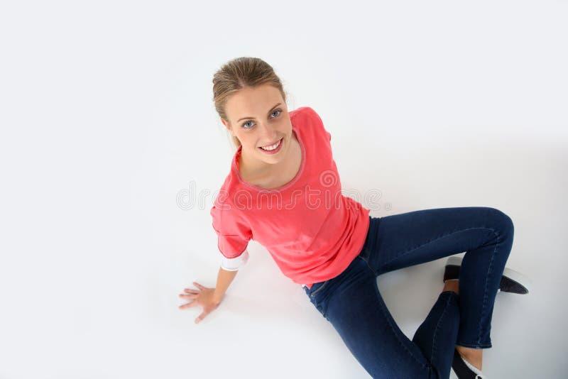 Vue supérieure de jeune femme de sourire photographie stock libre de droits