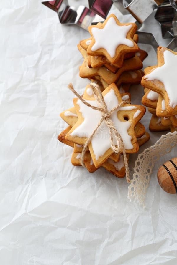 Download Vue Supérieure De Noël De Biscuits Faits Maison D'étoile Image stock - Image du réception, espace: 77150937