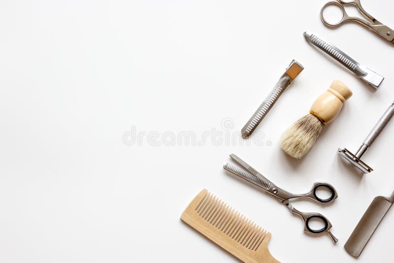 Vue supérieure de raseur-coiffeur masculin de coiffeur d'instruments photo stock