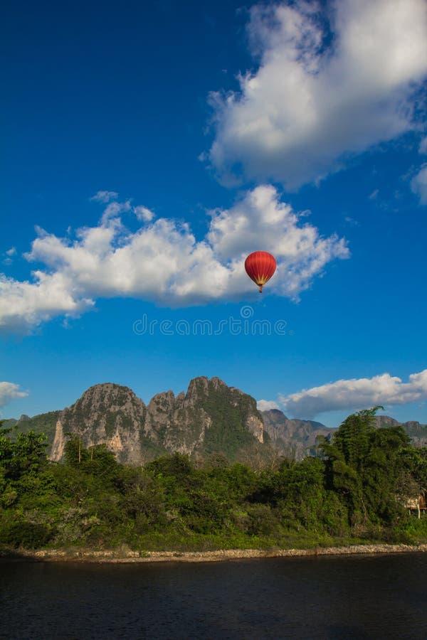 Vue supérieure de Vang Vieng photo libre de droits