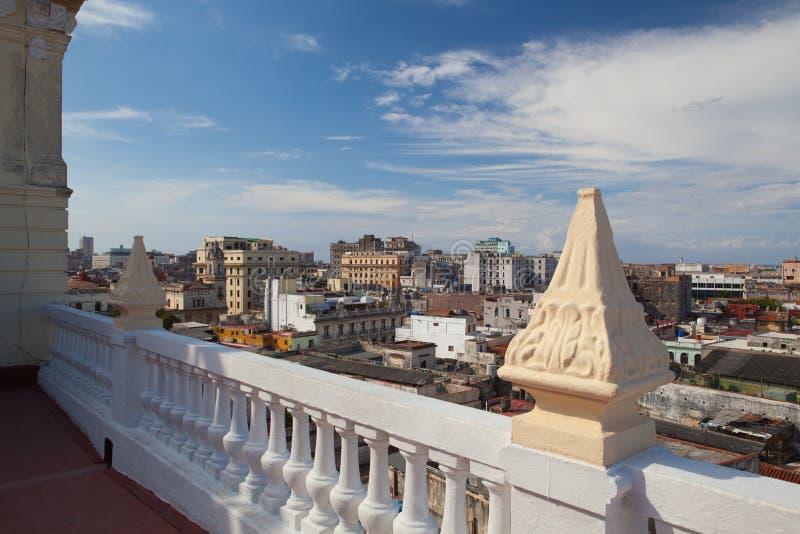 Vue supérieure des toits et des bâtiments, La Havane, Cuba images libres de droits