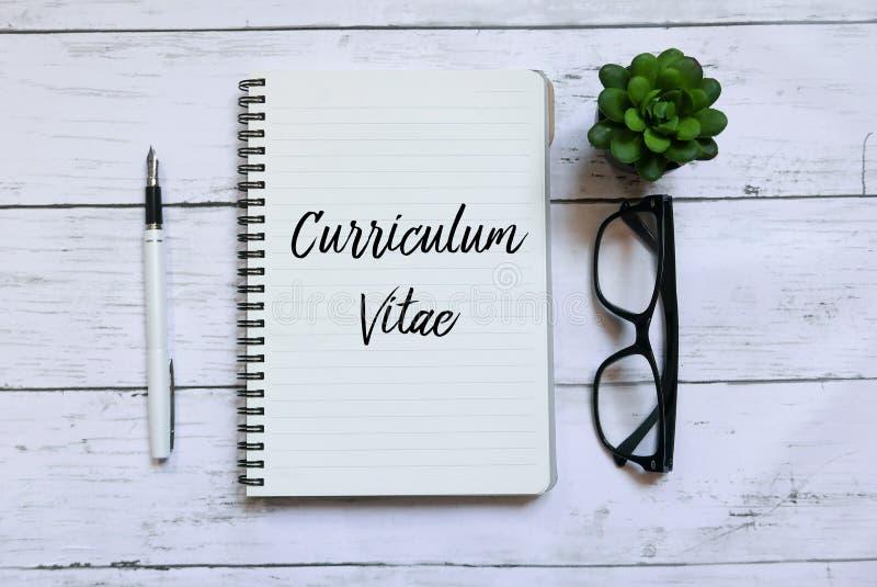 cv - curriculum vitae  concept d u0026 39 entrevue d u0026 39 emploi avec cv r d u0026 39 affaires image stock