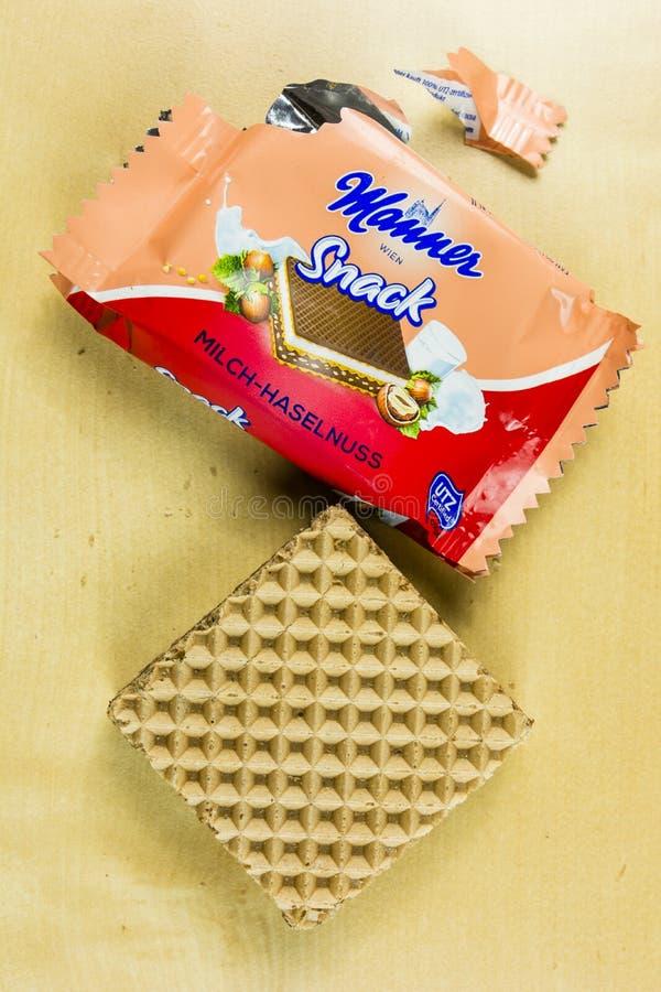 Vue supérieure du casse-croûte doux non emballé - sandwich à gaufre de façon photo stock