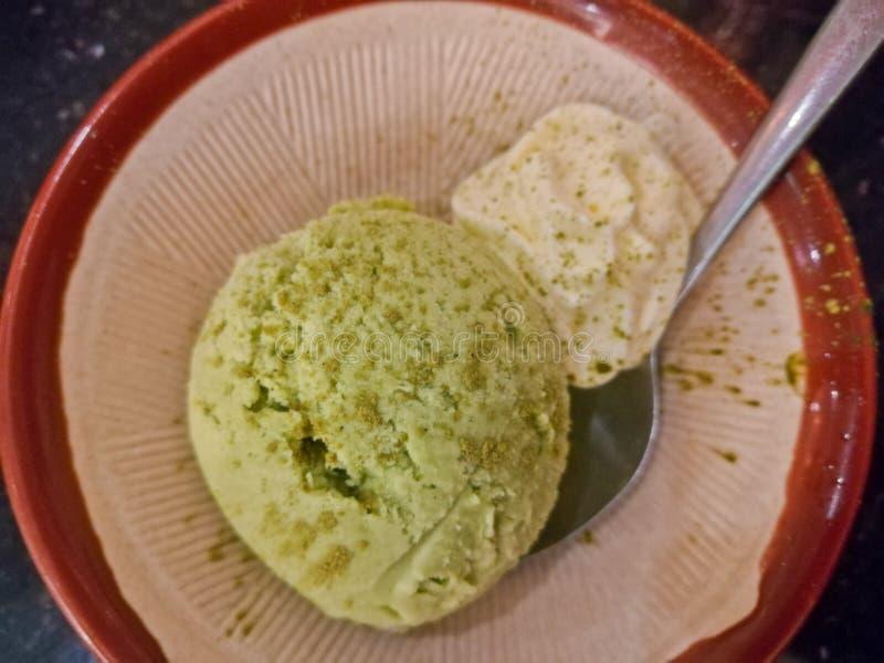 Vue supérieure traditionnelle douce froide de crème glacée de thé vert de Matcha photo stock