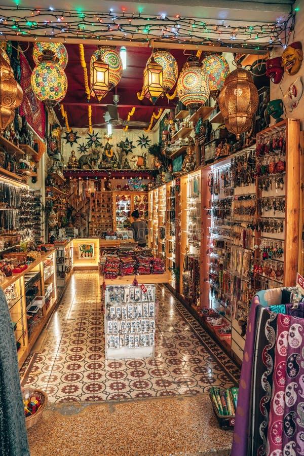 Vue sur Buyuk Han la grande auberge, le plus grand caravans?rail en Chypre nicosia photographie stock