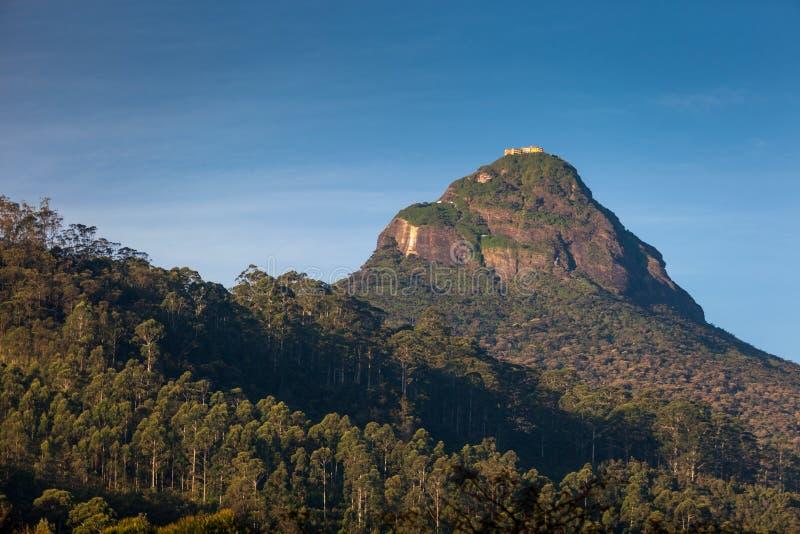 Vue sur la crête d'Adam de montagne au lever de soleil, Dalhousie photos stock