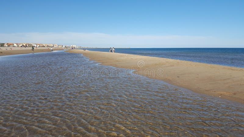 Vue sur la plage de Valras - Béziers - Frances images libres de droits