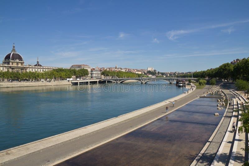 Vue sur la rivière de Lyon photo stock