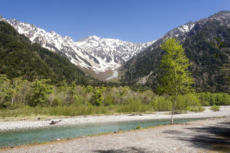 Vue sur la vallée de Kamikochi, parc national de Chubu Sangaku, Nagano, Japon photo stock