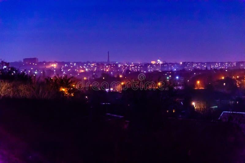 Vue sur la ville de minuit l'Alexandrie, Ukraine image stock