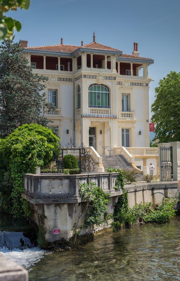 Vue sur la ville pittoresque de la Provence - L'Isle-sur-La-Sorgue, Provence, France images libres de droits