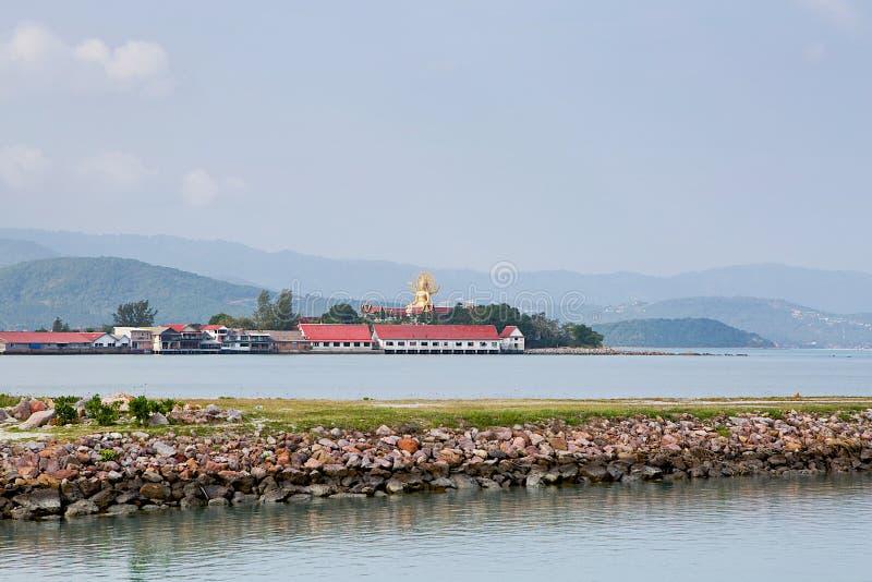 Vue sur le grand monument de Bouddha sur Koh Samui photos stock