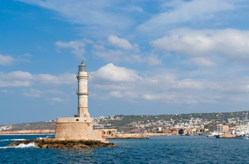 Vue sur le phare et le port vénitiens dans Chania photo stock