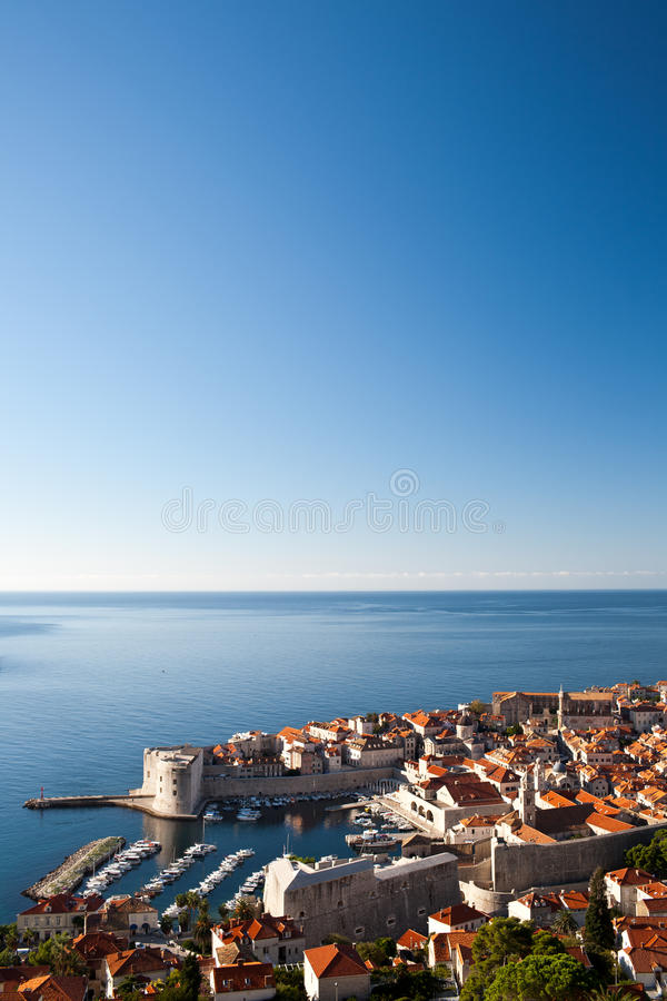 Vue sur le port de Dubrovnik photo stock