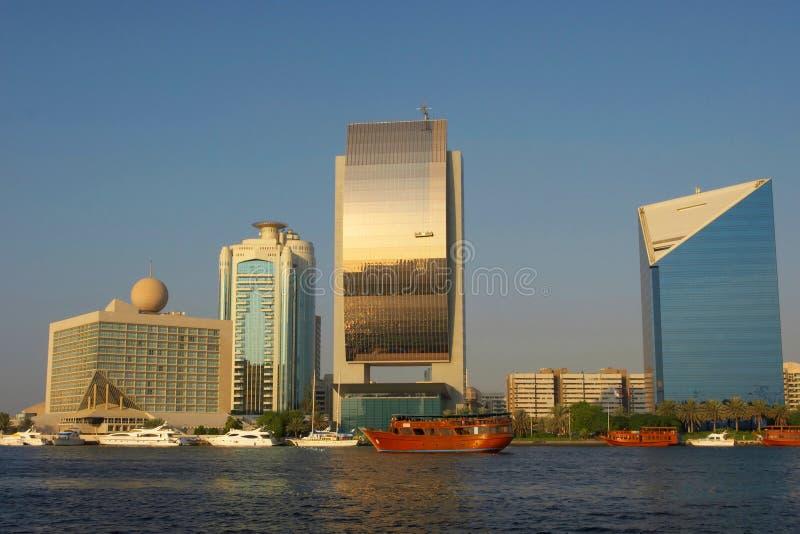 Vue sur le quai de Dubaï photos stock