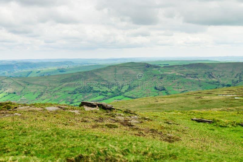 Vue sur les collines près d'Edale, parc national de secteur maximal, R-U photo stock