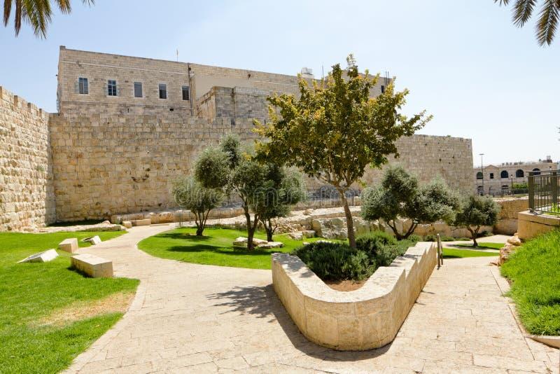 Vue sur les murs de Jérusalem antique photographie stock libre de droits