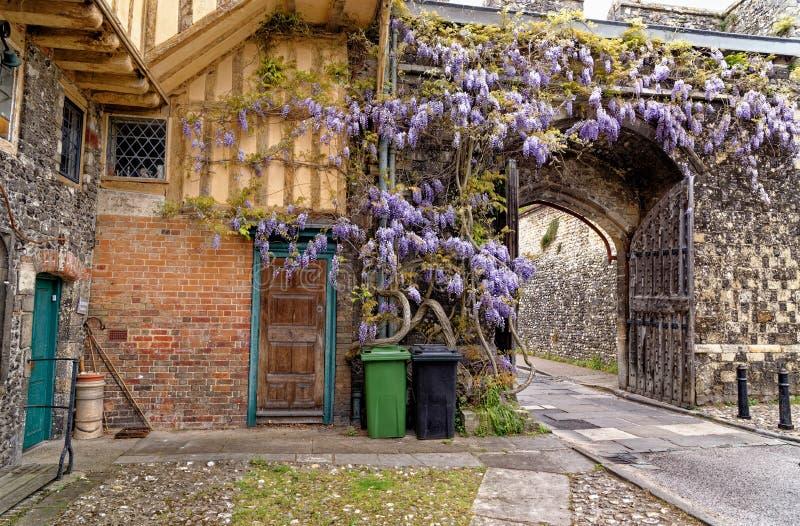 Vue sur les portes - Winchester, Royaume-Uni photo libre de droits