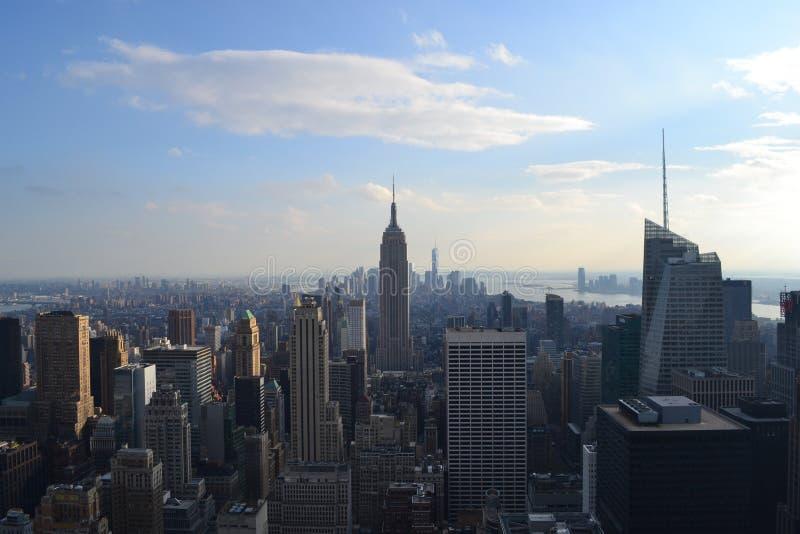 Vue sur Manhattan et Empire State Building photos libres de droits