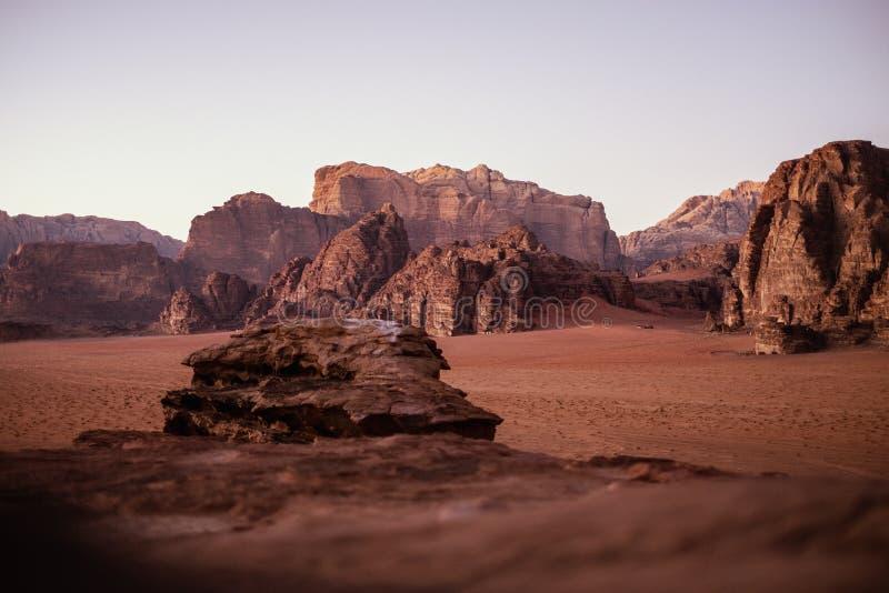 Vue sur un désert en Jordanie photographie stock