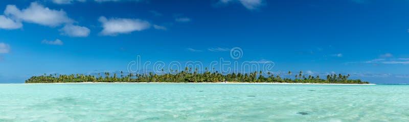 Vue tropicale de paradis d'Island de cuisinier d'Aitutaki Polynésie photos libres de droits
