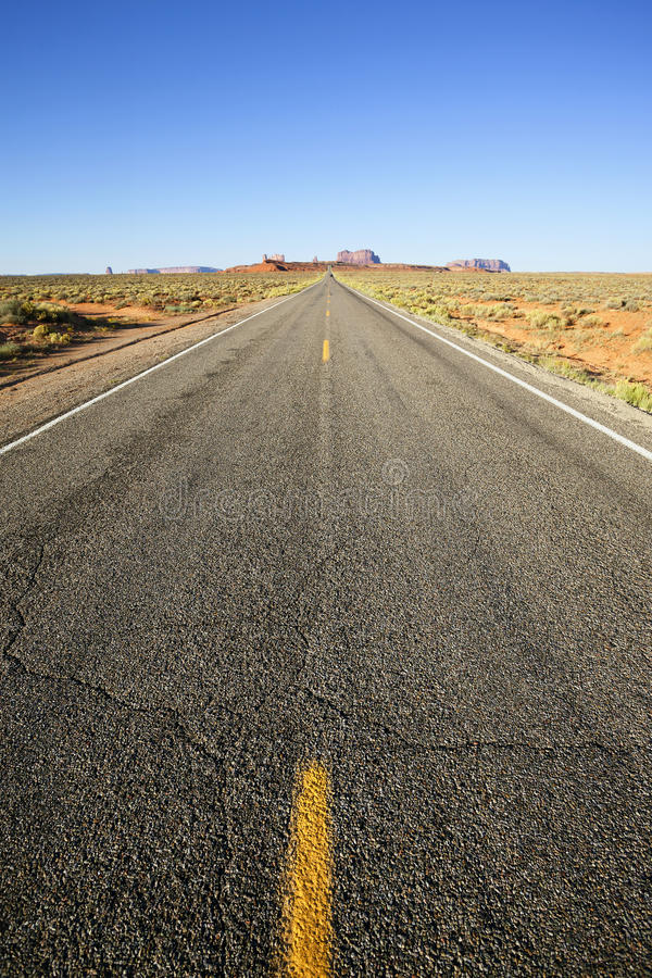 Vue verticale de la longue route américaine, Etats-Unis images libres de droits