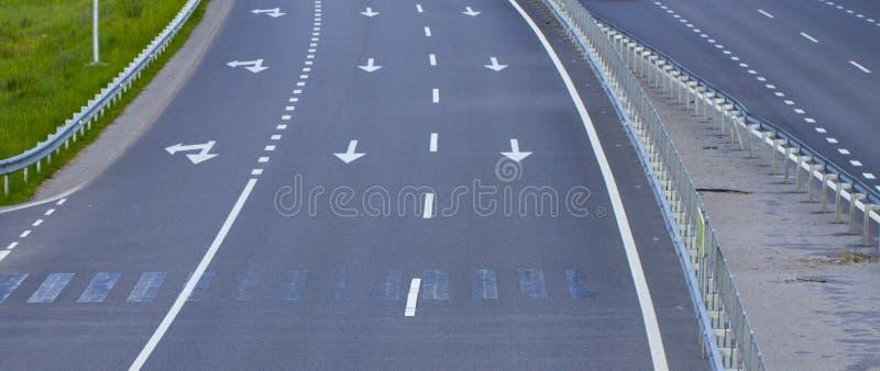 Vue vide d'autoroute d'en haut photographie stock