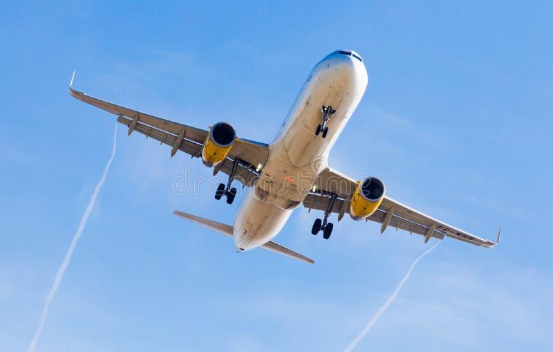 Vueling Airlines-Flächenlandung stockbilder