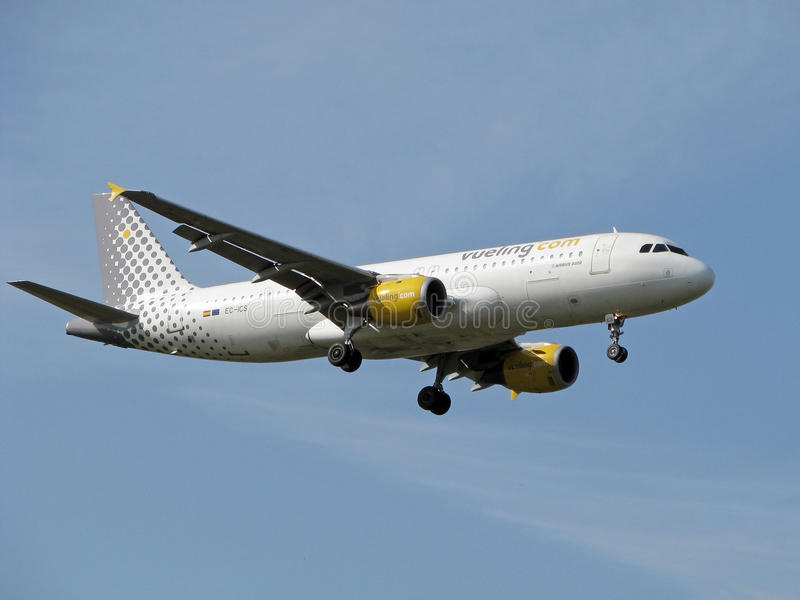 Download Vueling airlines jet editorial stock image. Image of a320 - 19151259