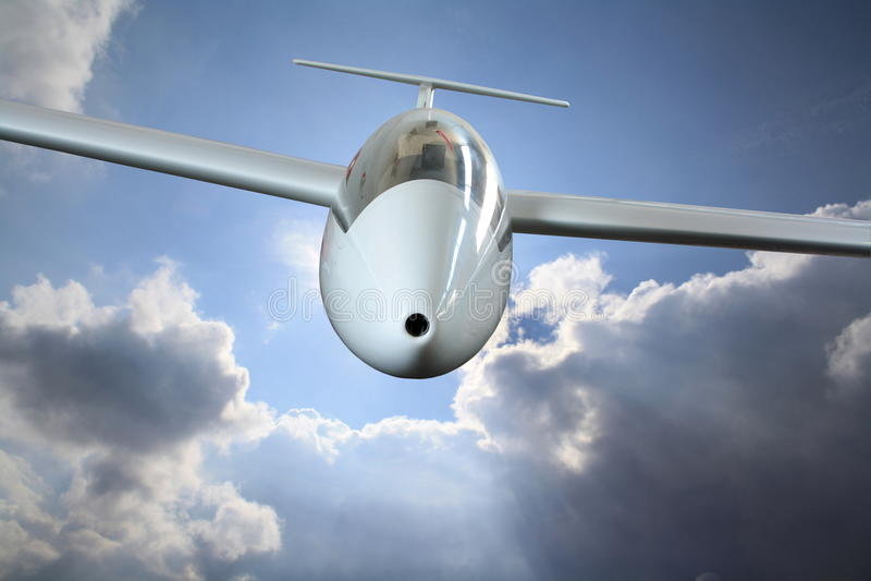 Vuelo blanco del sailplane a través de las nubes de lluvia ilustración del vector