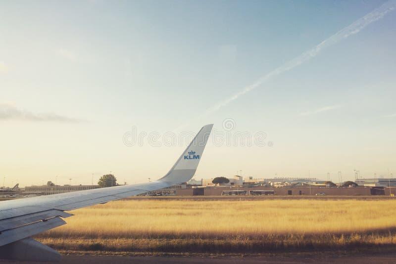 Vuelo de KLM foto de archivo libre de regalías