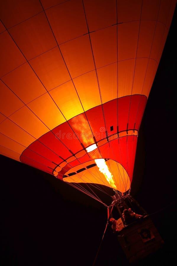 Vuelo del globo del aire caliente imagen de archivo