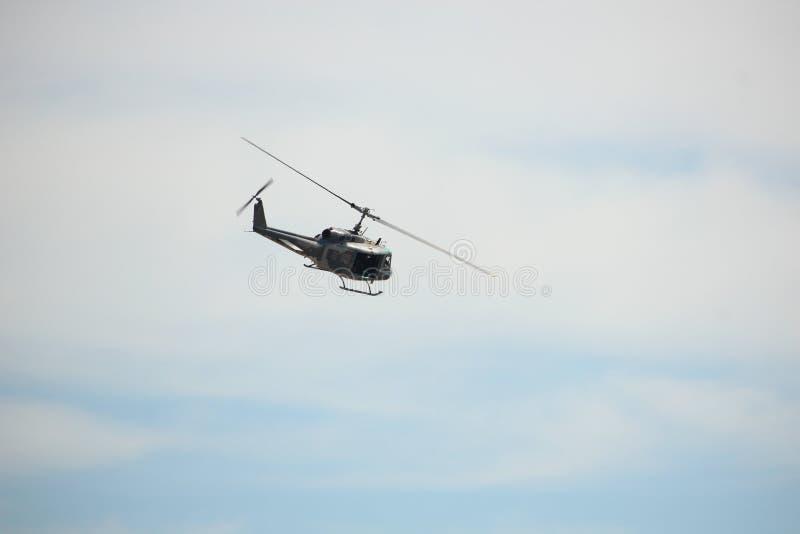 Vuelo del helicóptero en el día nacional del ` s de los niños fotografía de archivo libre de regalías