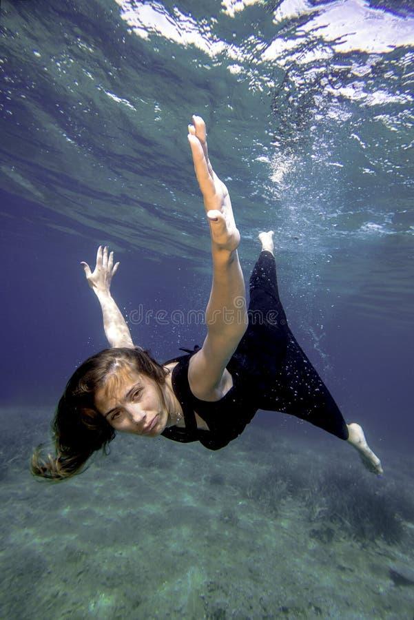 Vuelo subacuático fotografía de archivo