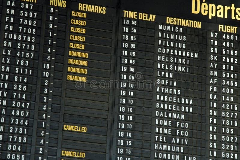 Vuelos del aeropuerto fotos de archivo libres de regalías
