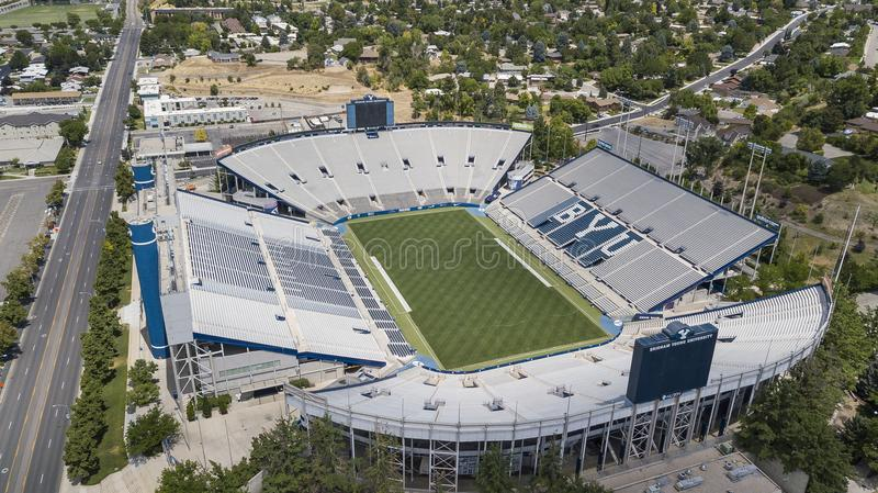 Vues aériennes de LaVell Edwards Stadium On The Campus de Bringham photographie stock