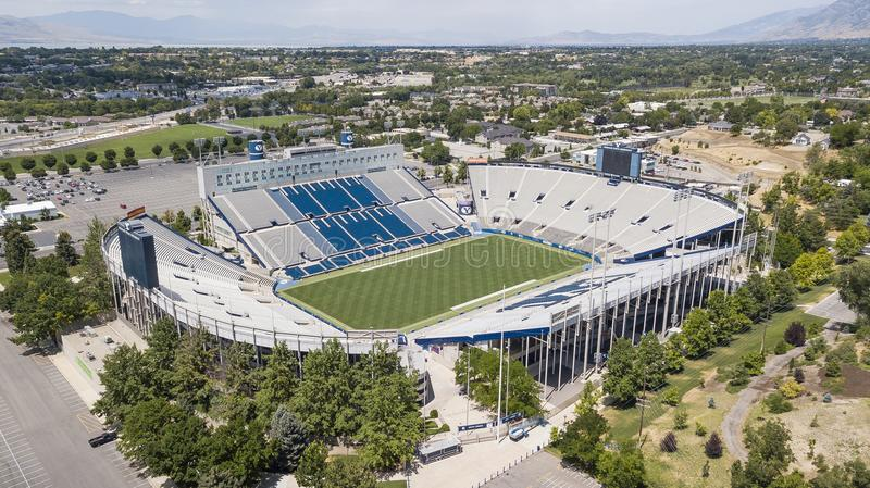 Vues aériennes de LaVell Edwards Stadium On The Campus de Bringham image stock