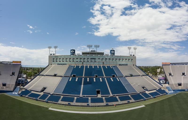 Vues aériennes de LaVell Edwards Stadium On The Campus de Bringham photo stock