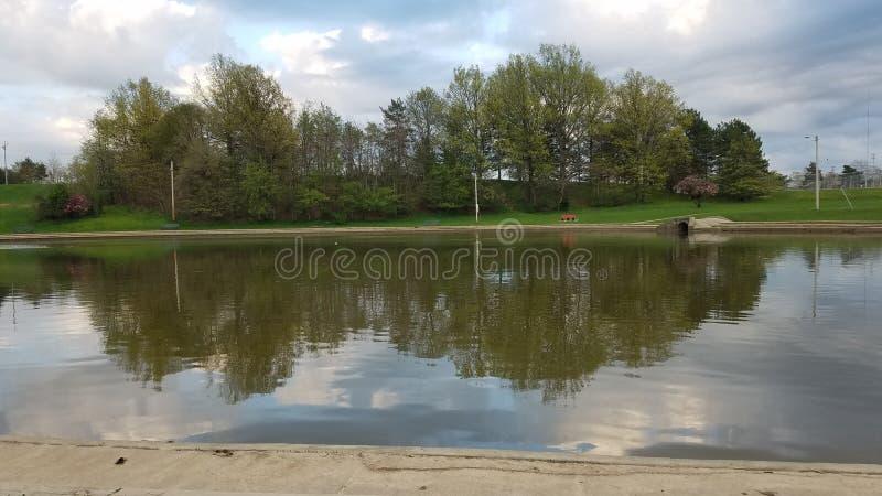 Vues de bord du lac photo libre de droits