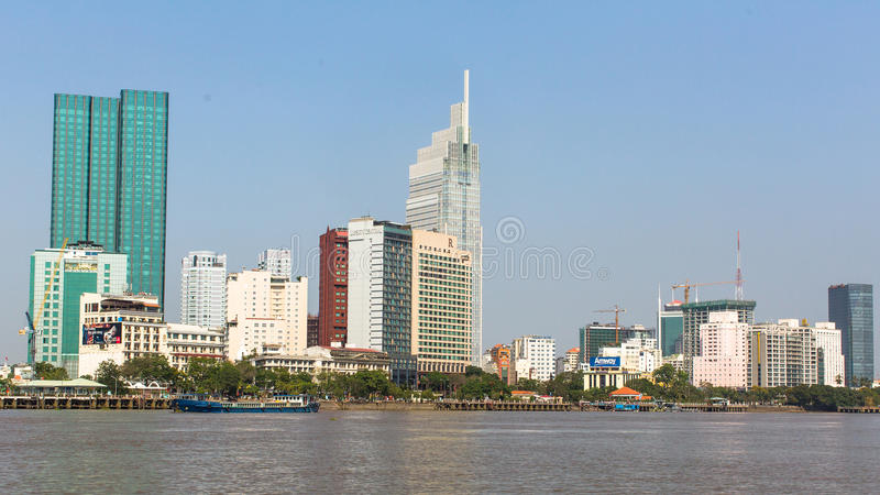 Vues de la ville de la rivière de Saigon images libres de droits