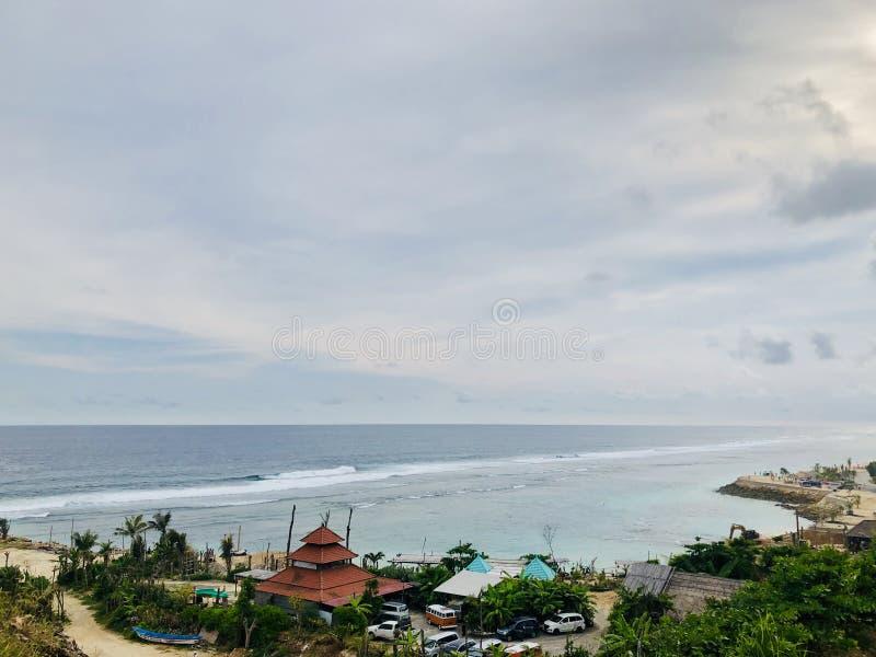 Vues de mer vues du haut de la colline photographie stock